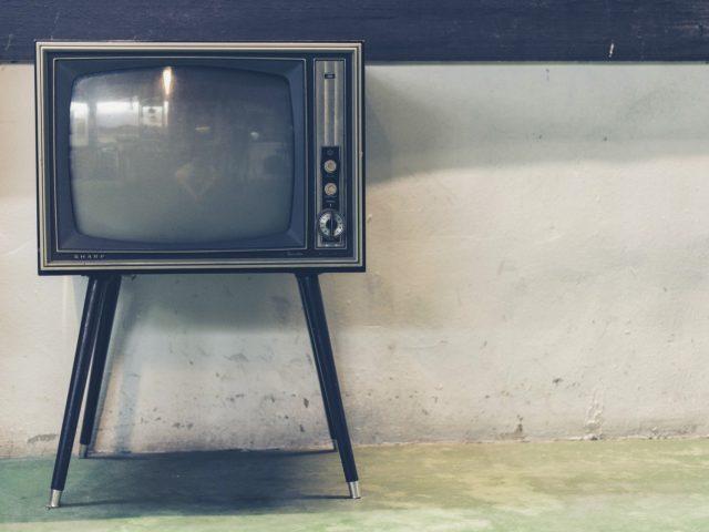 テレビをダラダラ見てる人は少し耳が痛くなるかも